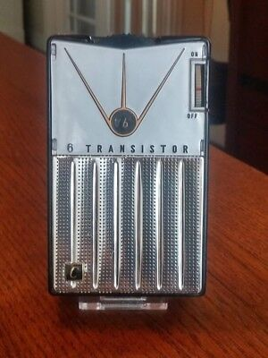 Continental Model Tr-682 Working Transistor Radio,silver Reverse Painted Face