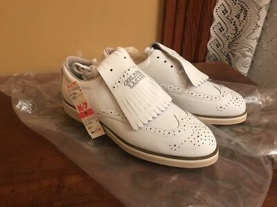 47b6bfa5daeb Vintage NOS Golden Lassie Women s Golf Shoes Size 6 Metal Spikes White  Leather