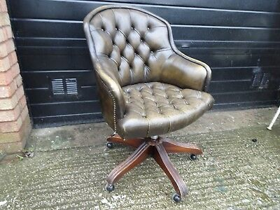Brilliant Vintage Wade Chesterfield Ring Mekanikk Olive Green Leather Uwap Interior Chair Design Uwaporg