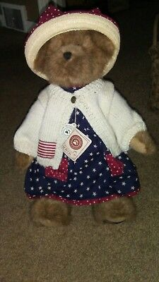 Boyds Bears ~ Dolly M Bearsevelt ~ Boy's Bear Country Exclusive ~ Awesome