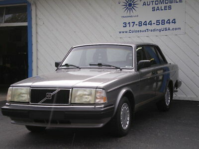 1987 Volvo 240 DL 1987 VOLVO 240 DL, 2 OWNER, EXCEPTIONALLY CLEAN & MAINTAINED