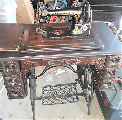 Franklin-Vintage Sewing Machine And Cabinet-Dark Wood-Black/multicolor Machine