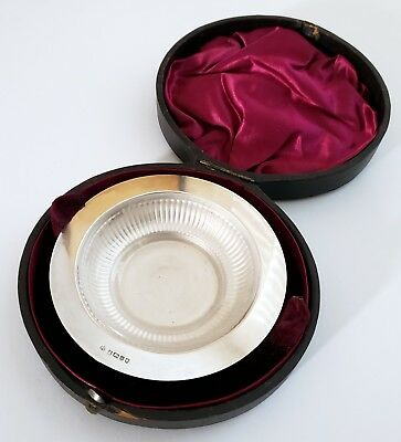 ANTIQUE 1800's ENGLISH STERLING SILVER ENGLISH GLASS LINED SMALL DISH W/ CASE