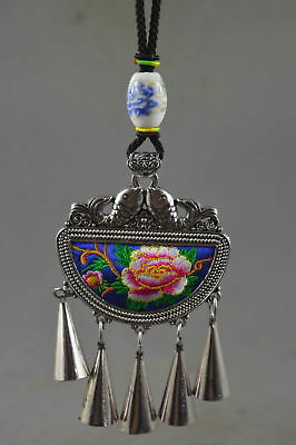 Collectable Hand Old Miao Silver Cavre Goldfish Colour Embroidery Tibet Necklace