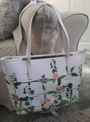 9a037d487 Ted Baker Large White Floral Genuine Leather Zipped Crosshatch Tote Bag FAB