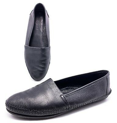 Minnetonka Womens 9 Black Leather Slip On Moccasin Loafers Flats Casual Shoes