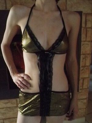 lingerie sexy tenue courte sexy + string neuf taille unique