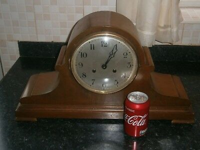 Large Wooden  Vintage Mantle Clock
