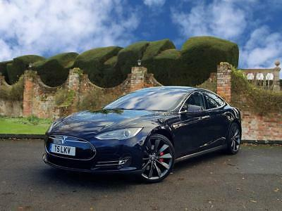 Tesla Model S P85+ PERFORMANCE PACK + PANO ROOF
