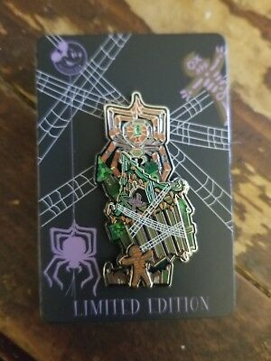 Disney Nightmare Haunted Mansion Holiday 2018 Gingerbread AP Annual Pass Pin