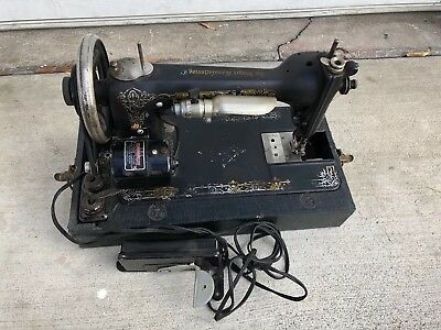 Vintage Early 1900s Singer sewing machine Made In The USA Serial#3178628