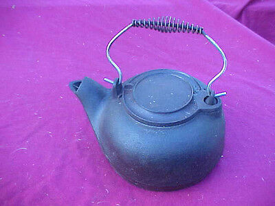 Antique Vintage Heavy Cast Iron Stove Pot Teal Kettle With Swing Lid