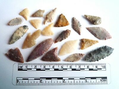 20 x Neolithic Arrowheads - Genuine Saharan Flint Artifacts - 4000BC (2944)