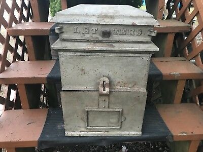 Antique 1909 Cast Iron & Metal US MAIL Wall Mount Letter Mail Box