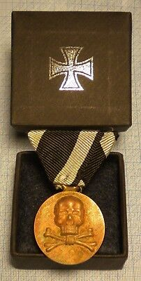 Wwi./german Empire/prussia: Unknown Badge With Iron Cross Ribbon And Medal Box