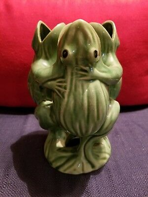 Vintage Three Dancing Frogs Porcelain Green Vase, Made in Japan
