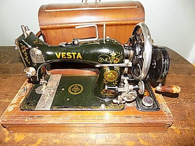 Antique 1925 VS III VESTA Sewing Machine.Made in Germany