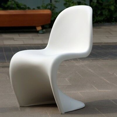 Design Klassiker/ weißer Panton chair/ mattes Finishing