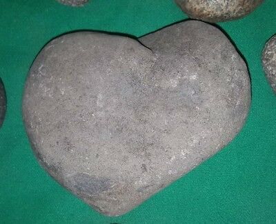 💗Nice lot of 17 Heart Shaped Rocks from Oregon💗