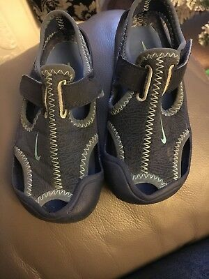 a20659421585 BOYS NIKE SUNRAY Adjust Sandals   Trainers Uk Size 8.5 Infant ...