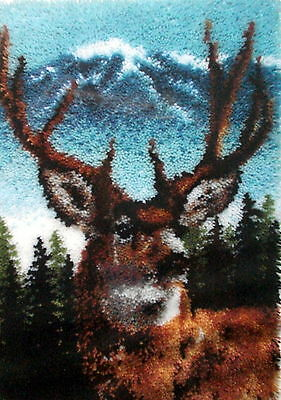 """Caron Classic Collection Latch Hook Rug Making Kit  """"a Deer"""""""