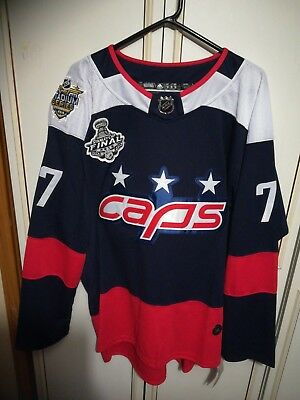 washington capitals Oshie Jersey #77 Size Large With Patches BNWT