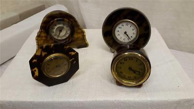 Vintage collection of miniature bakerlite clocks              B-9048-GPS-W49