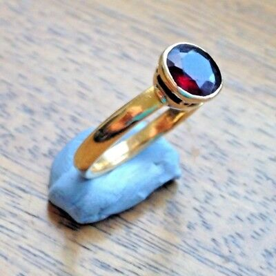Beautiful Antique Victorian Hallmarked 22ct Gold Garnet Dress Ring - Size M