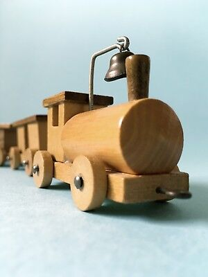 Vintage Loquai Holzkunst West German Wooden Tchoo Tchoo Train