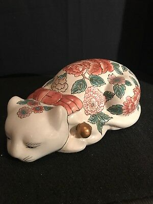ANTIQUE Chinese Oriental HAND PAINTED  KUTANI CAT FIGURINE B6O