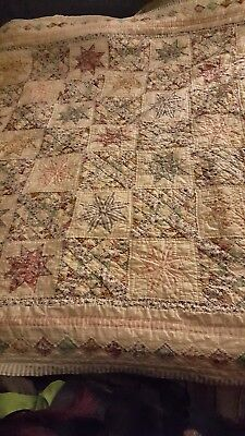 Large Early 1900s Antique Quilt