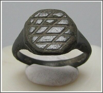 ** SHEILD **Ancient Bronze Legionary Roman Ring ** TOP **TOP**