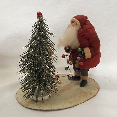 Primitive Folk Art Christmas Santa Claus With Tree & Lights 6""