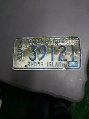 RHODE ISLAND commercial blue anchor license plate 39121