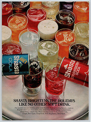 Vintage 1976 Shasta Cola Soda Drinks Christmas Holidays Women's Day Magazine Ad