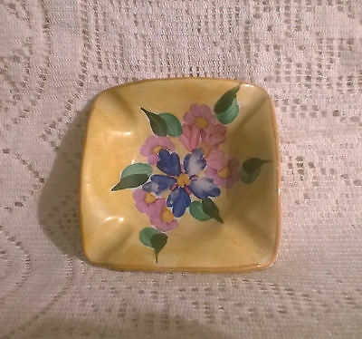 Vintage Brightly Coloured Ivory Ware Hancocks England Hand Painted Ashtray 8cms