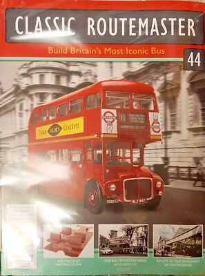 Build The Routemaster Official Replica Iconic British Bus = 44 = Scale 1:12