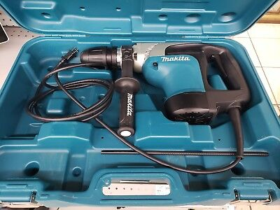 Makita HR4002 - Concrete Hammer Drill with case 1153547-1