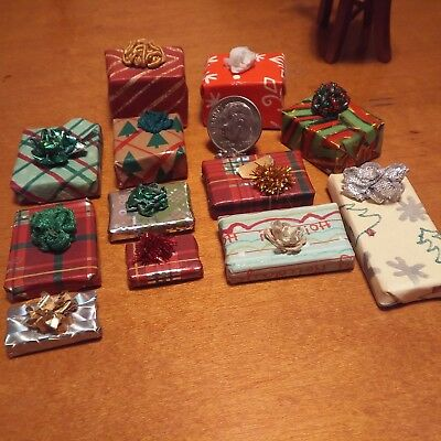 Dollhouse miniatures lot 1:12 Wrapped Gifts with bows