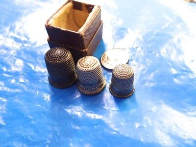 3 Antique Sterling Thimbles In Original Case Rhodes Brothers Tacoma Wash.