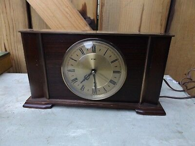 VINTAGE ART DECO STYLE 1950s METAMEC WOOD brass MANTLE ELECTRIC MAINS CLOCK