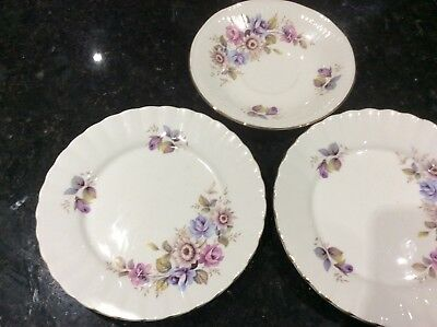 Royal Sutherland 2 side plates & 1 saucer