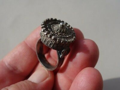 Roman-Byzantine silver filigree ring,in shape of crown,hollow inside