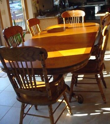 """Heavy Oak Dining Room Set/6 Pressed Back Chairs/2 Leaves/96"""""""