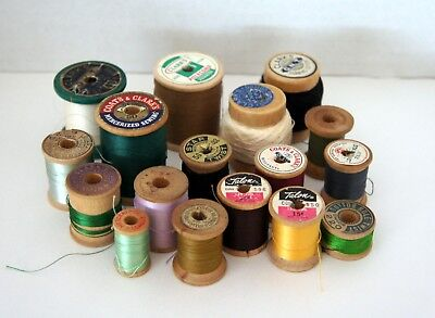 Lot of Vintage Collectible Wooden Spools of Thread - All contain original thread
