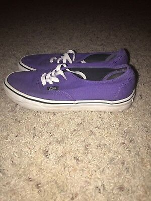 VANS Unisex Classic Purple Lace Up Shoes Women's Size 7.5 Men's size 6