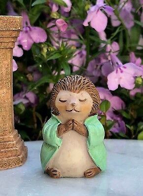 "Miniature FAIRY GARDEN ~ Tiny 1¼"" ZEN Buddha Animal Anjali Mudra HEDGEHOG"