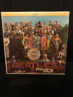 The Beatles - Sgt. Peppers Lonely Hearts Club Band - Vinyl Record