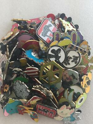 Disney Trading Pin 25 lot HM-RACK-LE-CAST no duplicates Fast Shipping in US-L2
