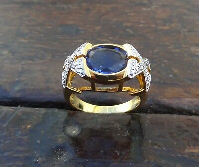 Estate Beautiful Sterling Silver Size 8 Ring Gold Tone Xox Blue Center Stone